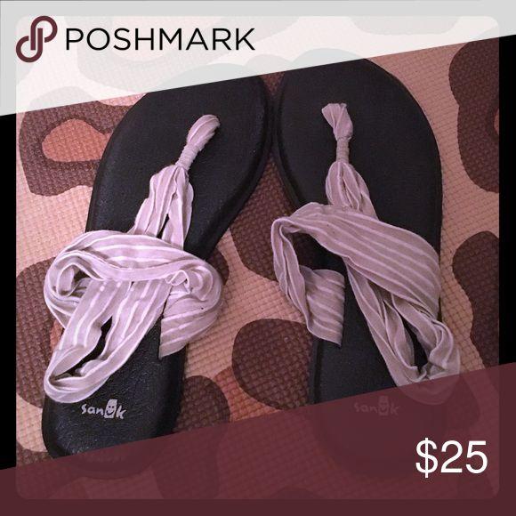 Sanuk Yoga Slingback Sandal Women's size 10. Sand/tan and white stripe. Sanuk Shoes Sandals