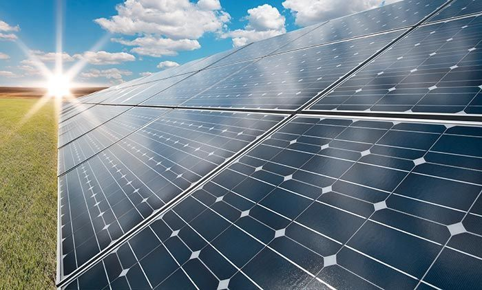10 Solar Power Myths Debunked Off Grid World Solar Panels Renewable Solar Solar Farm