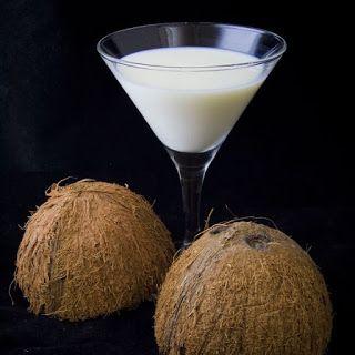 Truque para tirar a casca dura do coco seco