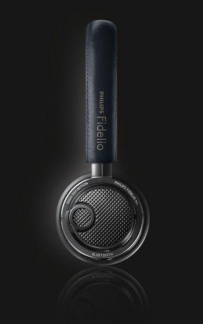 Philips Fidelio on-ear bluetooth headphones