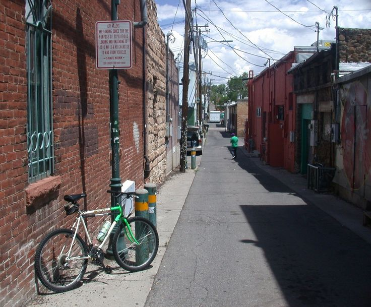 Picture of bicycle touring alley ways