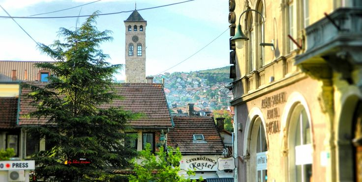 Clock Tower, Sarajevo, Bosnia and Herzegovina, Nikon Coolpix L310, 15.1mm, 1/250s, ISO80, f/4.2, Tilt-shift/HDR-Art photography, 201607101703