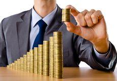 Neživotní pojišťovny zaplatí z každé smlouvy 8 procent, řekl senát na Slovensku