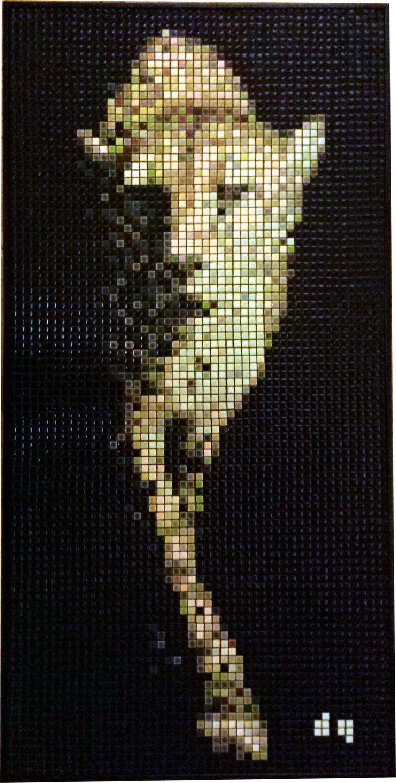 Mosaïque guépard marchant sur fond noir