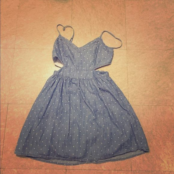Abercrombie and fitch dress Abercrombie and fitch cut out denim dress.. Pre owned.. Just wore it once., in a very good condition.. Abercrombie & Fitch Dresses Mini
