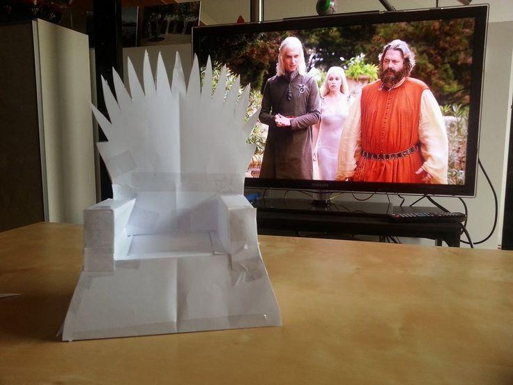 Оригинальный железный трон от Isabell Kiko