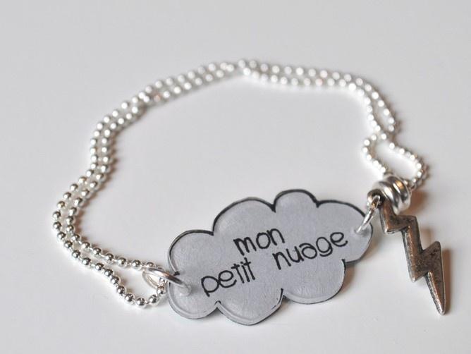 Bracelet Mon petit nuage - Sur le valet de Caro, bijoux espiègles en plastique fou