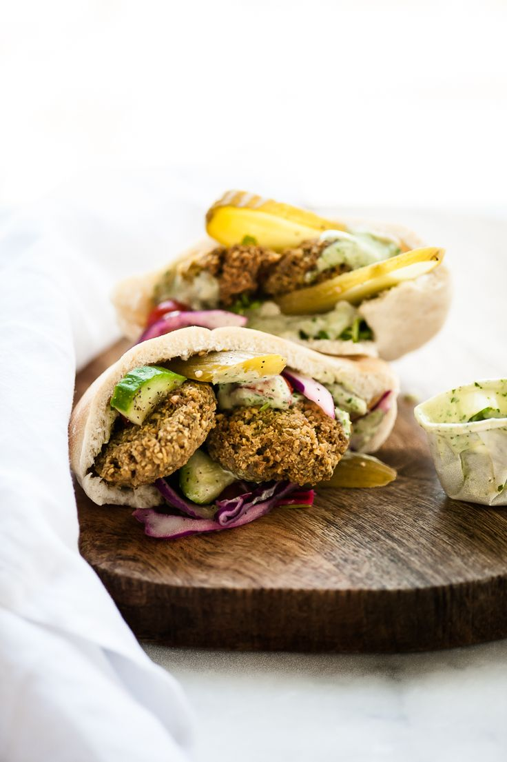 Homemade Green Falafel Balls + Israeli and Cabbage Salad / the kosher spoon