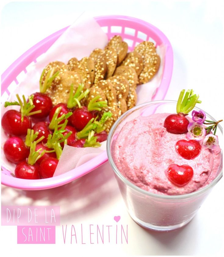 Saint Valentine's pink Dip, chickpea, beetroot and fresh goat cheese ♥