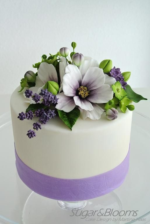 wedding cake fondant flower toppers 25 best ideas about fondant flower cake on 22689