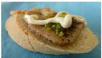 Crostino di lingua in salsa di midollo - http://www.trippa-advisor.it/ricette/crostino-di-lingua-salsa-di-midollo/