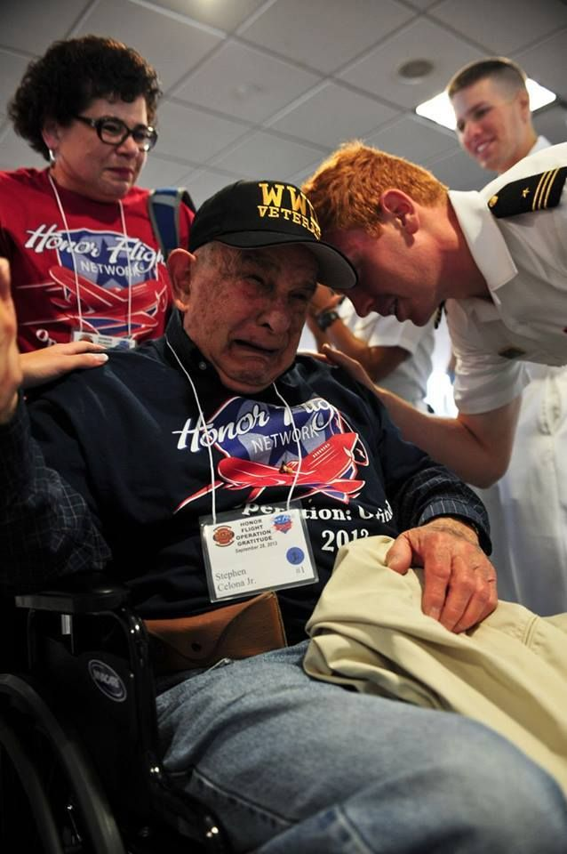 Honor Flight for WWII Veterans - Powerful ~~ MilitaryAvenue.com