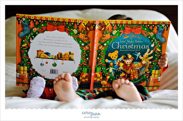 Brothers reading The Night Before Christmas in their jammies.