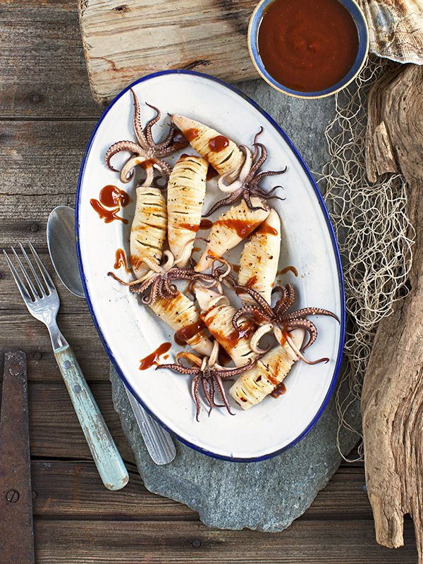 This recipe for spicy squid with Japanese BBQ sauce is a great new way to use squid and makes a great quick and easy starter for 2.