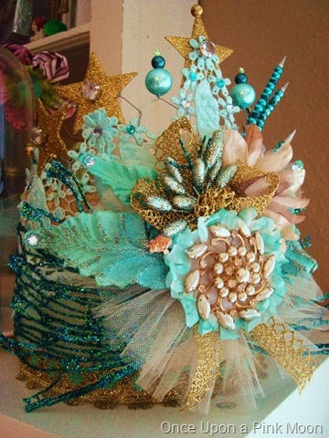 crownAqua Crowns, Better View, Parties Hats, Handmade Crowns, Google Search, Mermaid Chic Birthday, Crowns Fit Wear, Gorgeous Crowns, Crowns Glories