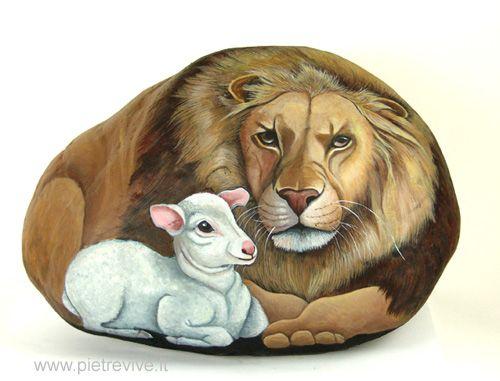 Lion and a Lamb :: Ernastina Gallina