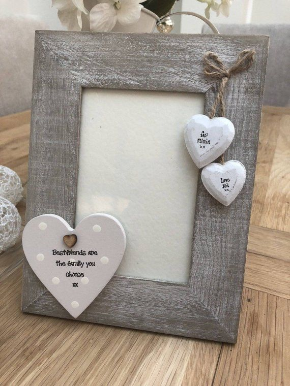 Friends gift Sisters frame Red flowers frame Grey frame 4x6 picture frame Handmade wooden frame Best friends quote Shabby chic frame