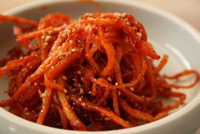 Korean  Week of Menus: Spicy Cuttlefish/Squid - Ojingo Moochim (오징어 무침) Side Dish    Yum Yum Yum!