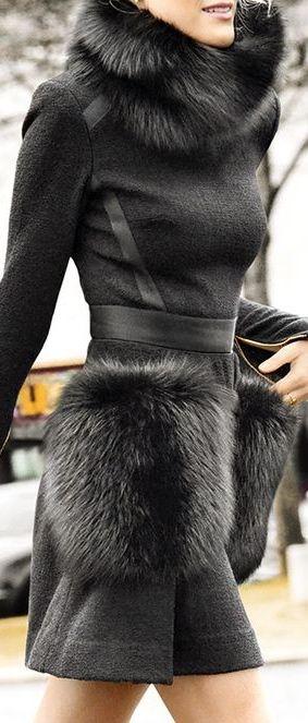 Black dress with fur                                                                                                                                                                                 Plus