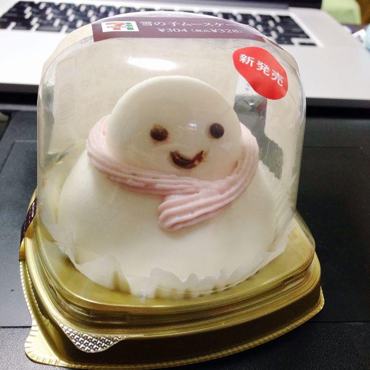 Kawaii  Snowman Cheesecake  www.the.rainbowholic.me