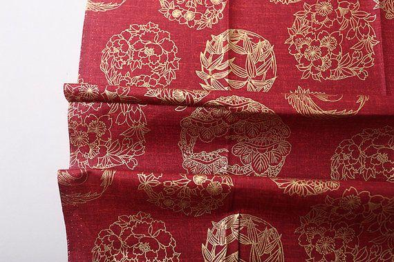 Vintage Japanse Rode katoenen stof bedrukt met goudgele