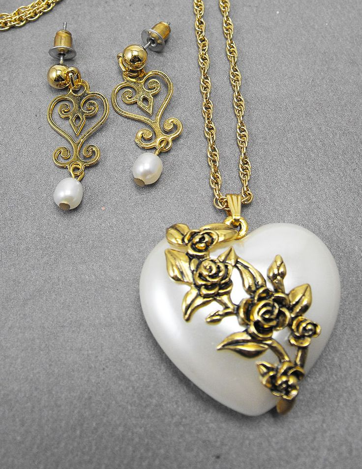 Retro Pearl Lucite Puffy Heart Pendant Rose Accent Necklace Earrings  | eBay