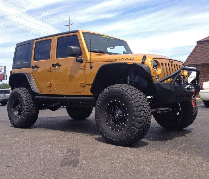 25+ Best Ideas About Lifted Jeeps On Pinterest