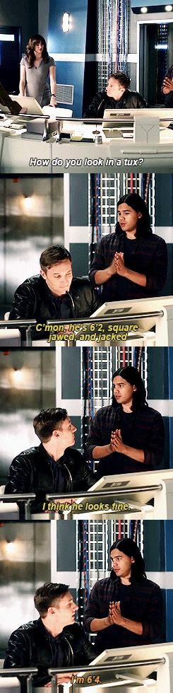 › THE FLASH› THE FLASH: 2X10› CISCO RAMON› CAITLIN SNOW› JAY GARRICK