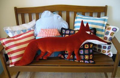 Fox: Diy Foxes, Decor Ideas, Foxy Cushions, Foxes Foxes, Foxes Pillows Lov, Foxes House Stuff, Lil Foxes, Fabulous Foxes, Foxes Cushions