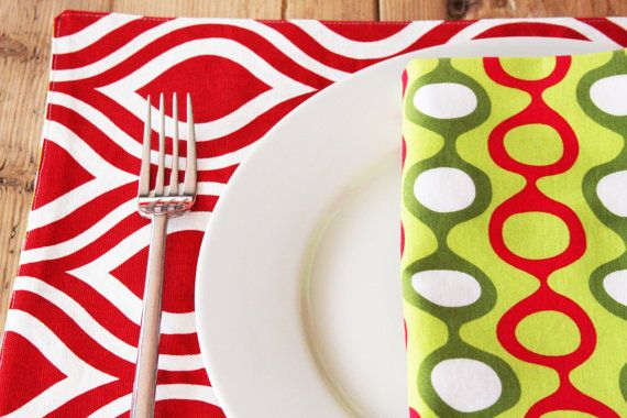 Mid Century Modern Napkins Red and Green Set of 4 by izyandoly