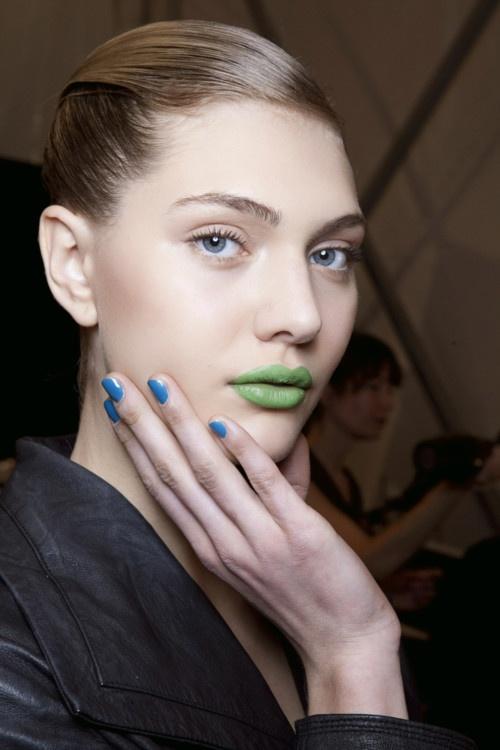 BLUE NAILS & GREEN LIPS!