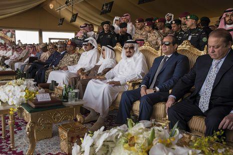 La drôle de guerre de l'Arabie Saoudite Check more at http://people.webissimo.biz/la-drole-de-guerre-de-larabie-saoudite/