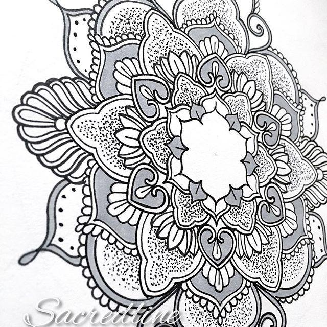 .  Крупный план недавней работы  .  .  #sacredline #love_sacredline #kleinekanzler #art #topart #topdraw #painting #drawing #sketch #sketchbook #tattoosketch #tattoo #tattoos #inked  #graphic #graphicdesign  #blackwork #blackworkers #mandala #mandalas #zendala #zentangle #zenart #doodle #blxckmandalas #mandalaru #mandalala #mandalapassion #zentanglemandalalove