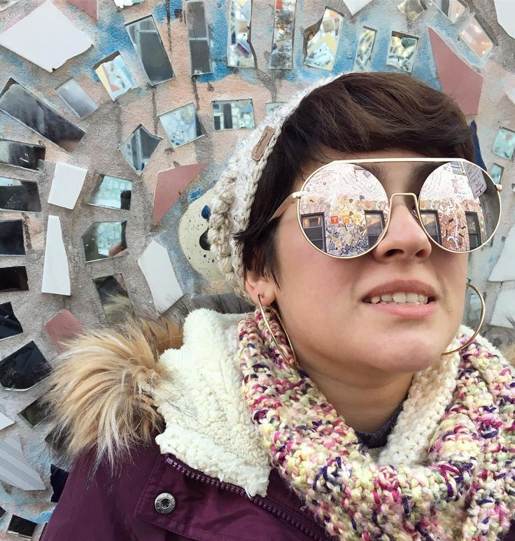 Generic #wcw post of my unique and wonderful wyfe @laubrolina . . . . . #magicgardens #brolina #cheerstothesimms #philly #cheesy #socool #thecoolest #domestic #100thpost