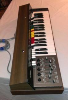 yamaha sy 1 1974 gebauter analoger kompakt synthesizer in brandenburg potsdam. Black Bedroom Furniture Sets. Home Design Ideas