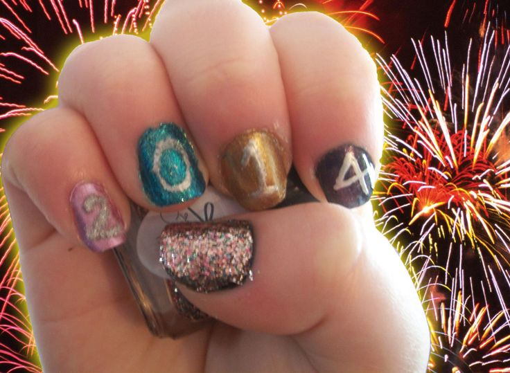 Nail Art Challenge, Day 31: New Years
