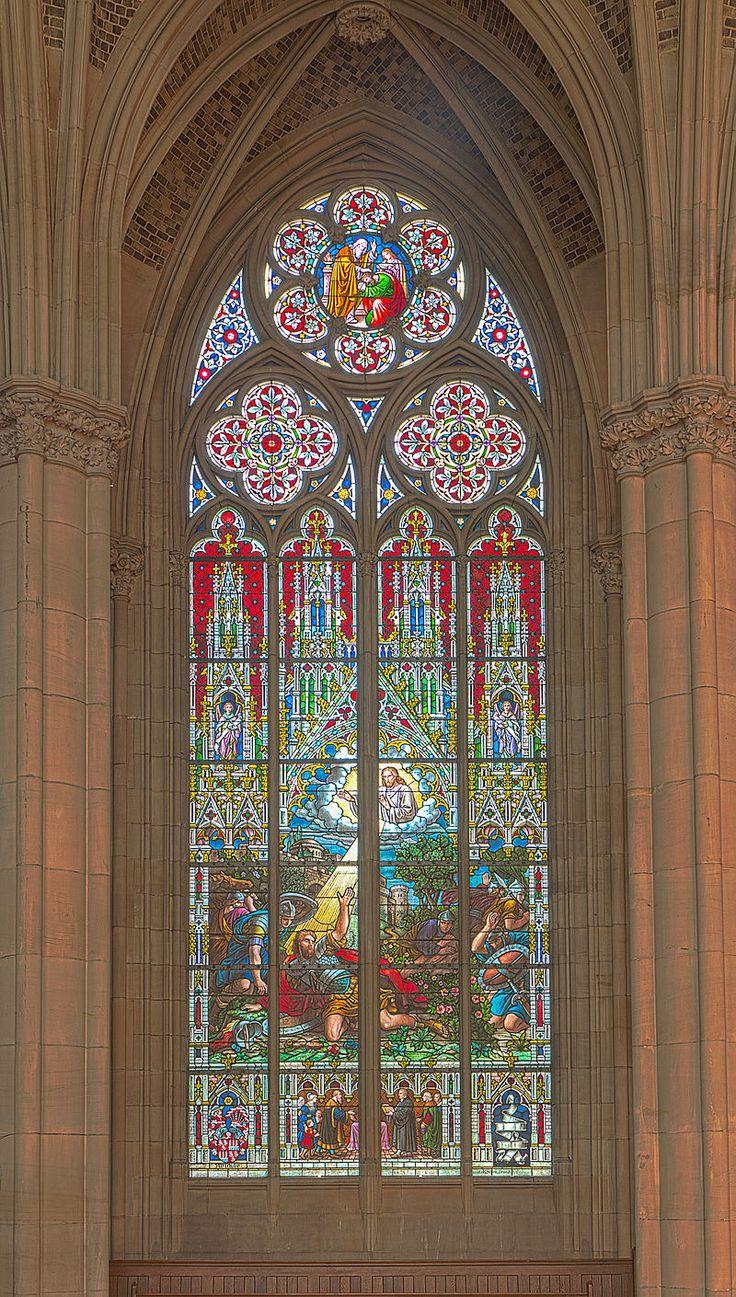 Gedächtniskirche der Protestation in Speyer. Glasfenster von Karl de Bouché 2015-07-03 Speyer Gedächtniskirche 1420 - 1423.jpg