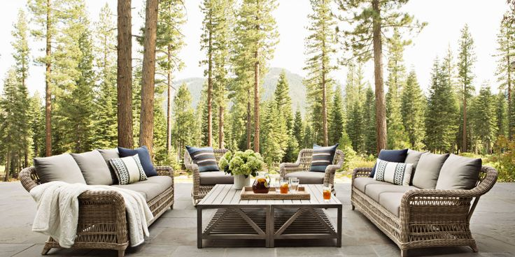 Guide to creating a #luxurious #outside space that will help you take full advantage of #warm weather