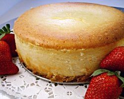 Bistro style baked cheesecake