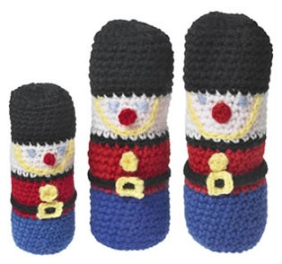 so cute! crochet soldiers