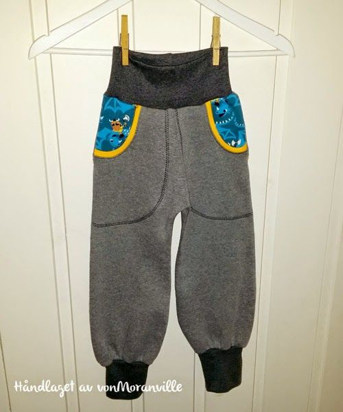 Myk bukse med lommer og bisebånd