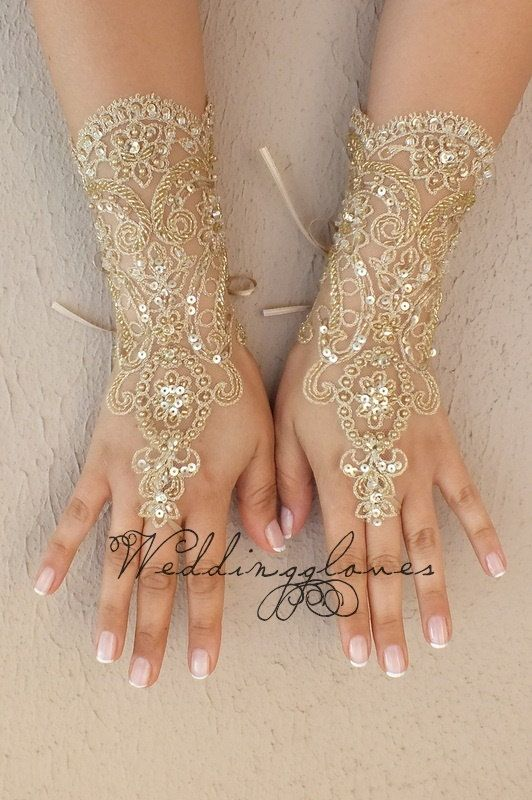 OOAK embroidered with gold Wedding Gloves,  lace gloves, Fingerless Gloves, lace gloves, bridal gloves, Free ship