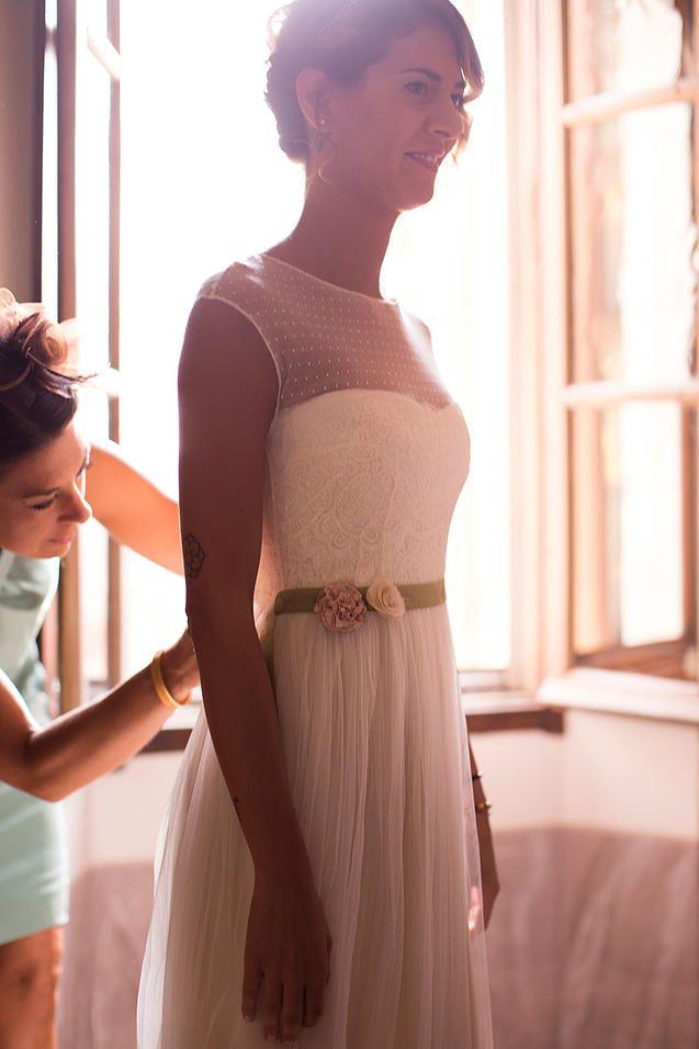 atelieryooj. testimonial. abito stile vintage, abito da sposa stile vintage. pizzi francesi , modello 50-1.abiti da sposa milano. abito da cerimonia milano.abiti da sposa Boho chic milano.abito da sposa retrò milano