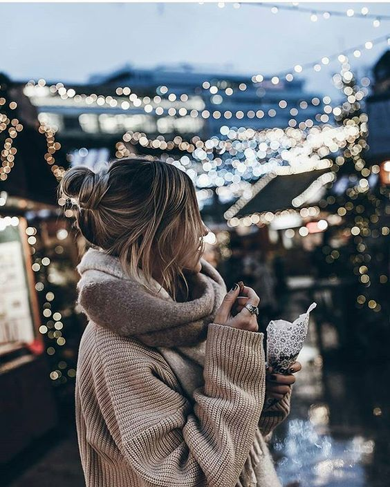 winter wonderland | cosy outfit | winter market | winter fashion | Fitz & Huxle…