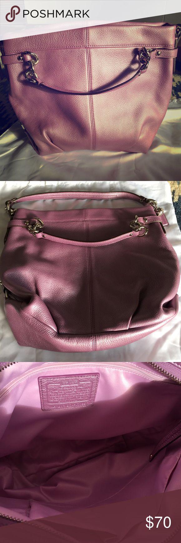 Coach hobo bag 👛 Very cute Coach, like new, hobo.  I used it once!! Coach Bags Hobos