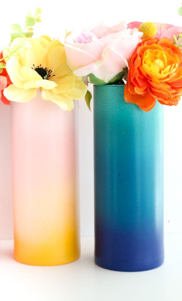 Diy Gradient Flower Vases A Kailo Chic Life Flower Vase Diy