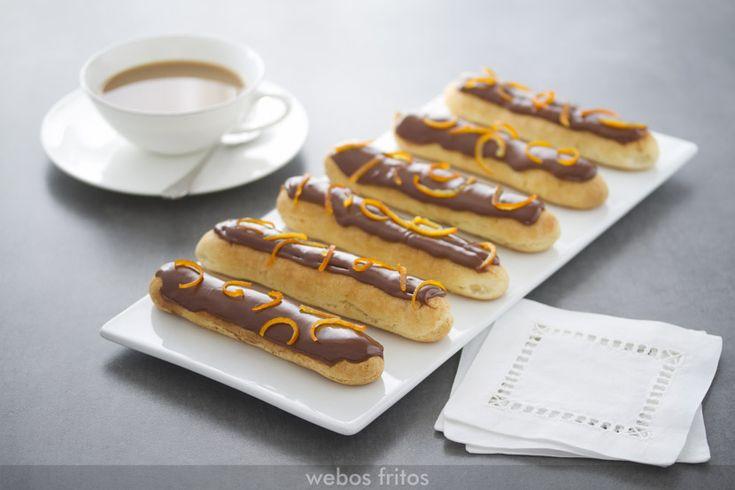 Chocolate y mandarina son una combinación que en un éclair me parece sublime. Te aseguro que estos éclairs de mandarina serán un hito en tu propio curriculum en cocina.