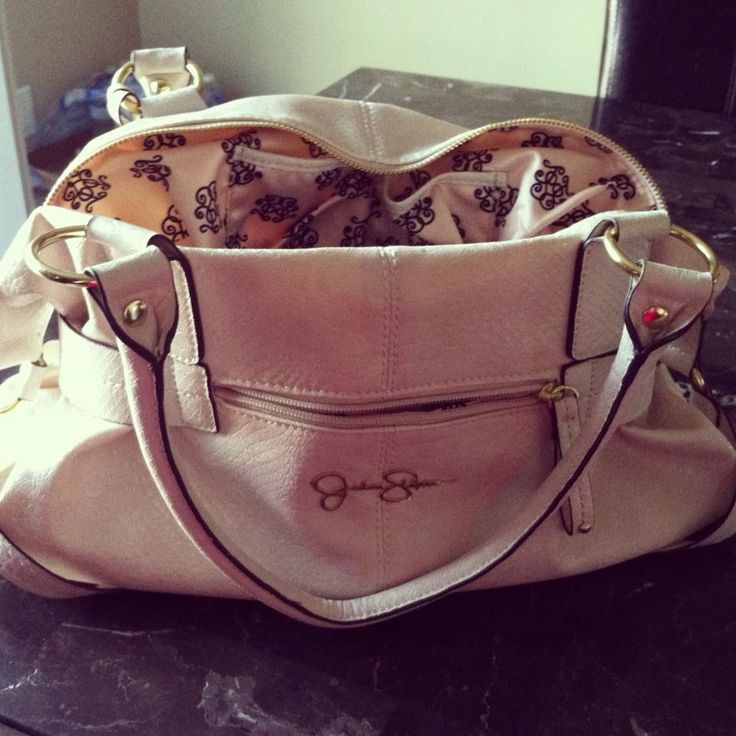 New Jessica Simpson purse, love!