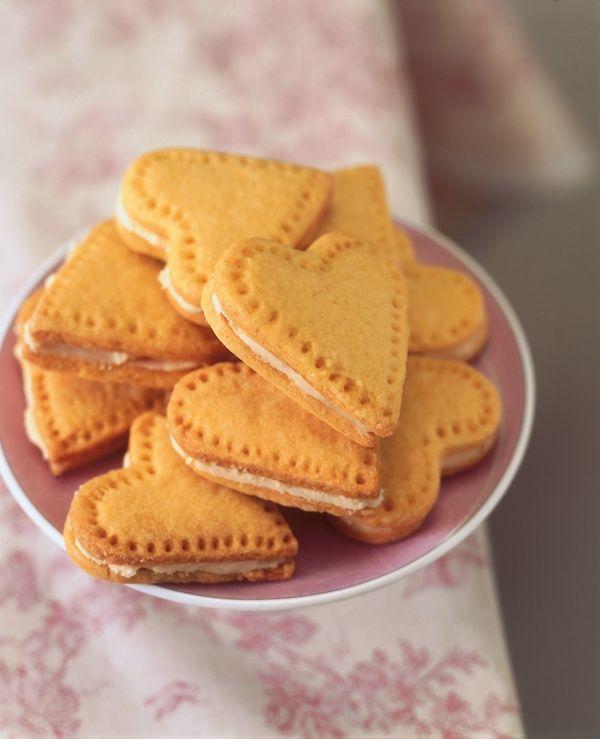 Image of Nigella's Custard Cream Hearts