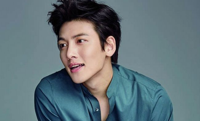 Famous Plastic Surgery - The Ji Chang Wook Plastic Surgery Controversy